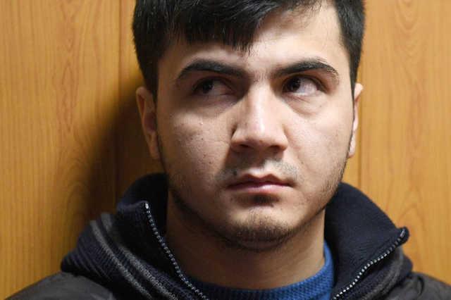 В Москве лишенного прав участника гонок на Gelandewagen задержали с поддельными документами