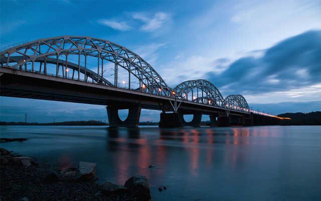 Строитель Дарницкого моста избежал посадки за растрату $1,5 миллионов