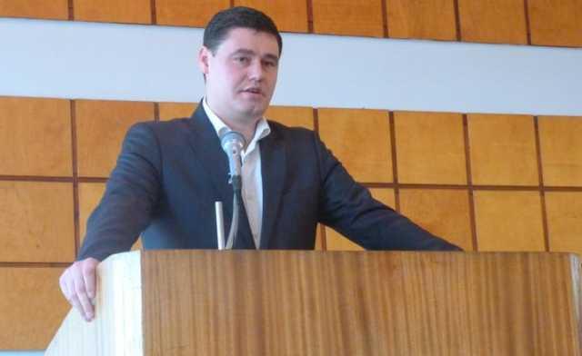 Депутатом, который пытался подкупить НАБУ, оказался Бабенко - родственник экс-нардепа Дубового