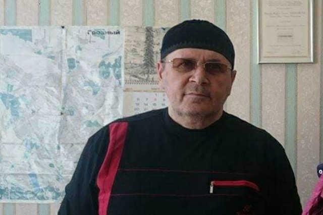 В Махачкале подожгли автомобиль, на котором адвокат «Мемориала» ездил в Чечню