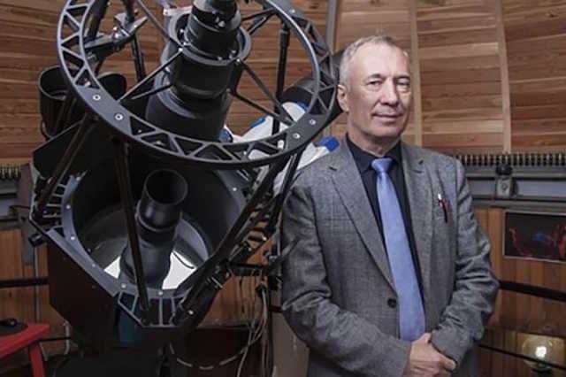В Новосибирске по подозрению в получении взятки задержали директора планетария