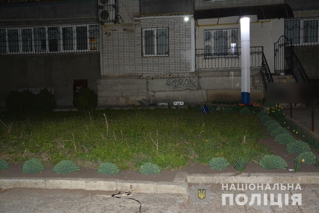 Коломийца убили возле его квартиры в доме на ул. Садовая