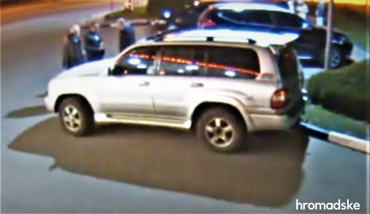 Стоп-кадр з камери відеоспостереження біля автозаправки. Юрій Молодін, Владислав Лютий, Віктор Молодін