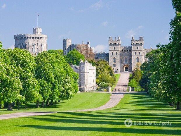 Самый потенциально населённый замок в мире