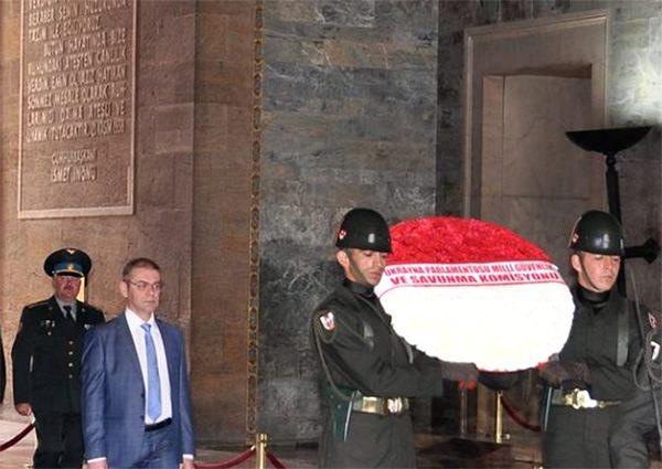 Пашинский во время поездки в Турцию. Апрель 2016. Фото с Facebook депутата