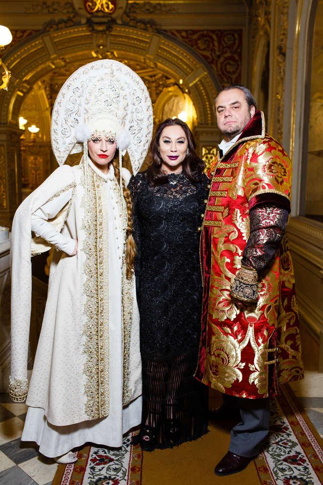 Виктория и Олег Шеляговы с Аллой Вербер