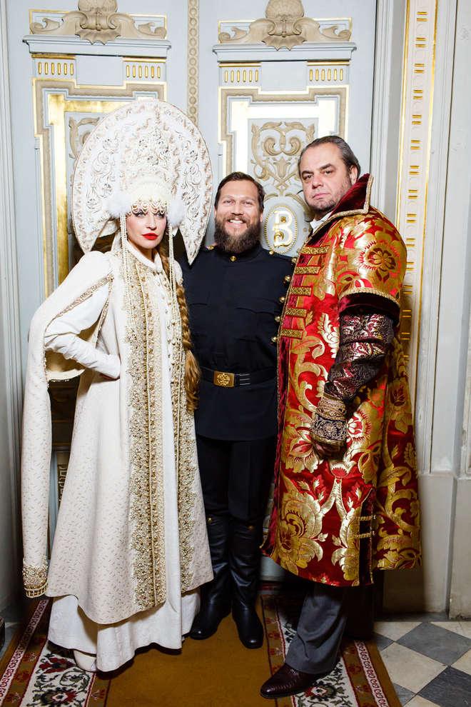 Виктория и Олег Шеляговы с Петром Аксеновым