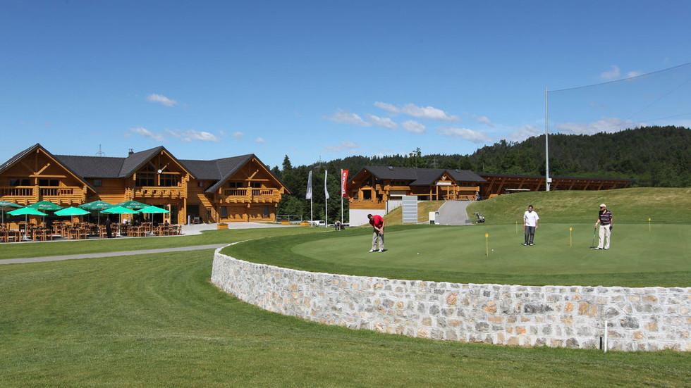Фото гольф-клуба