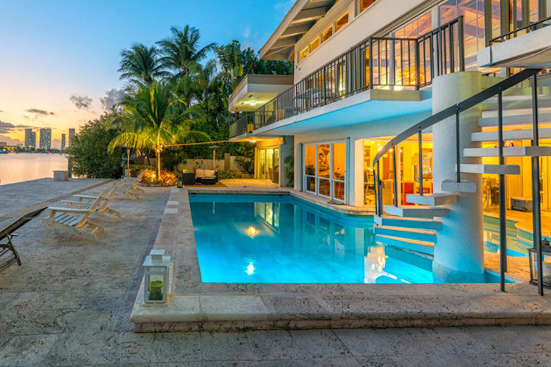 15793_content_350-S-Hibiscus-Dr-Miami-Beach.jpg