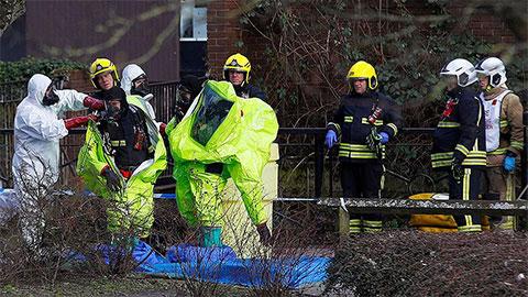 Более 20 человек обратились за медицинской помощью после инцидента с отравлением полковника российской разведки Сергея Скрипаля в Великобритании