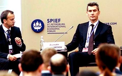 Аркадий Дворкович и Зиявудин Магомедов