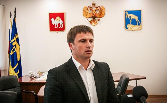Евгений Степовик — сейчас спикер горсобрания Миасса