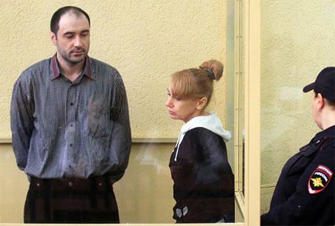 Сергей Синельник и Инесса Тарвердиева в суде